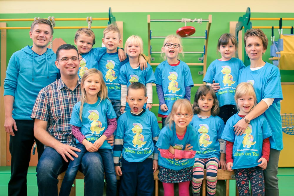 Kinder, Dino, Dittelstedt, T-Shirt, Gruppe, lachen